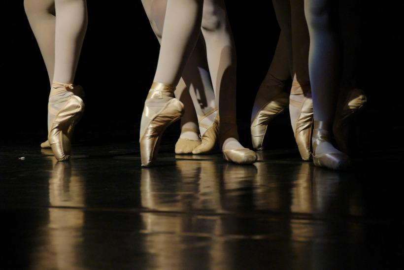 ballet-335493_1920